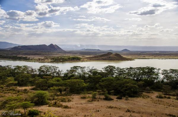 paysage montagne lac
