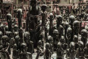 statue kimbia kenya 2019